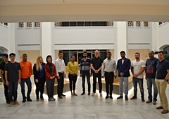 Forex students in Dubai