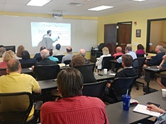 Online Trading Academy Instructor demonstrating a trading strategy.